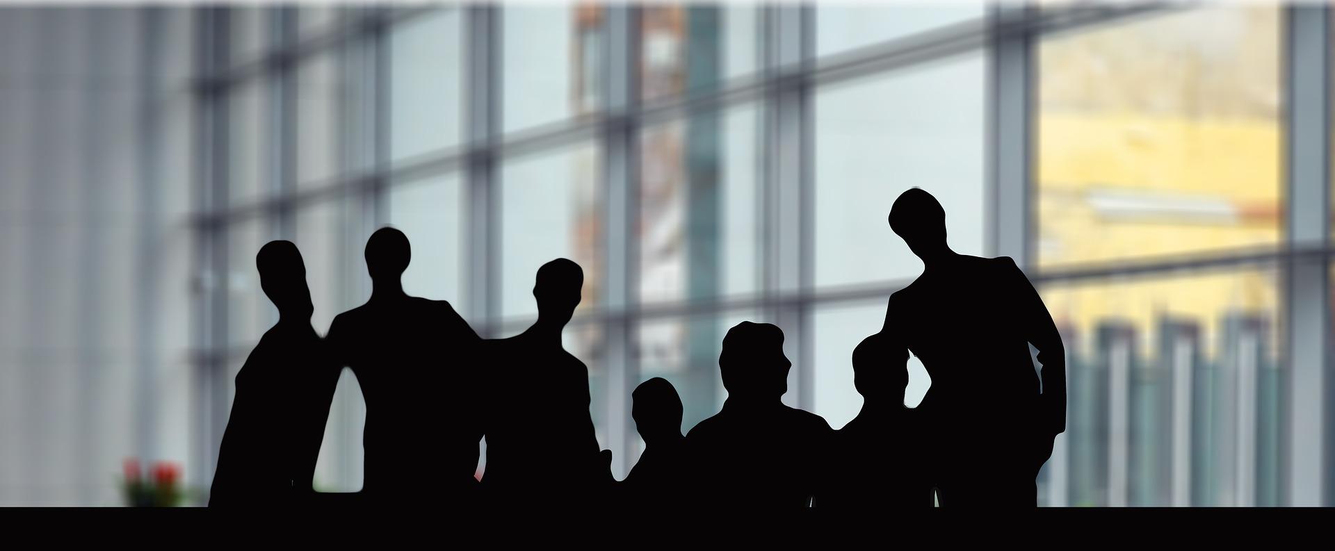Szkolenia biura zarządu –  czym są i dla kogo?